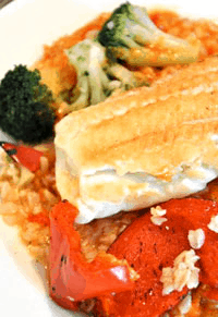 Broiled white fish with veggies